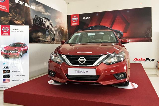 Sau nhiều tháng giảm giá hàng trăm triệu đồng, Nissan Teana bị tạm ngừng nhập về Việt Nam - Ảnh 1.