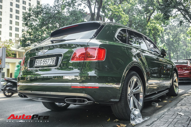 Bentley Bentayga màu xanh lục độc nhất Việt Nam tái xuất trên phố Sài Gòn - Ảnh 8.