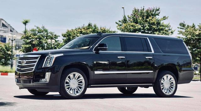 Cadillac Escalade ESV Platinum 30.000 km rao bán với giá hơn 6 tỷ đồng - Ảnh 1.