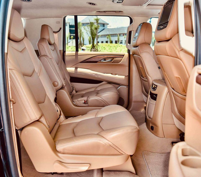 Cadillac Escalade ESV Platinum 30.000 km rao bán với giá hơn 6 tỷ đồng - Ảnh 7.