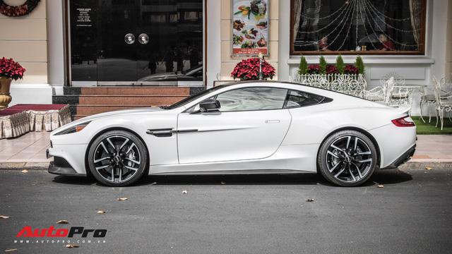 Aston Martin Vanquish Carbon Edition - Xe Anh khó lỗi thời của đại gia Việt - Ảnh 1.