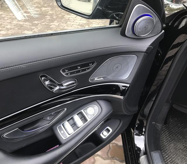 Lăn bánh 13.000km, Mercedes-Maybach S600 2015 giữ giá như mới mua - Ảnh 8.