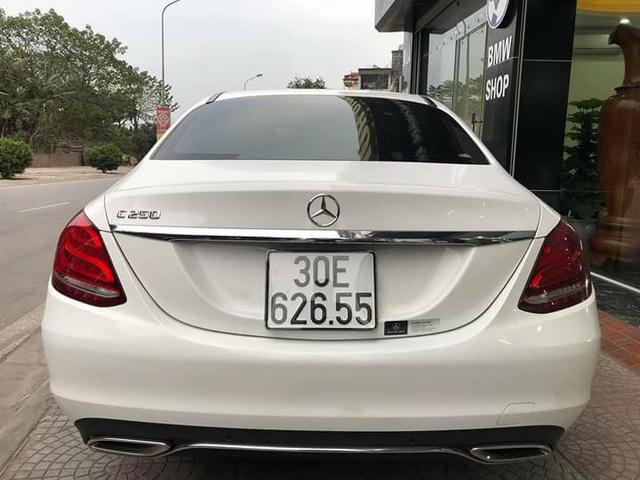 Mercedes-Benz C250 Exclusive cũ có giá ngang BMW 320i mới của Trường Hải - Ảnh 2.