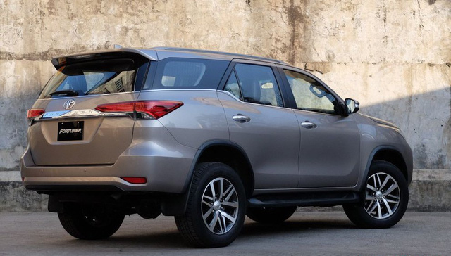 Cùng tầm tiền, chọn Toyota Fortuner hay SsangYong Rexton G4? - Ảnh 6.