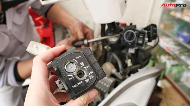 Quy trình tự lắp đặt khoá thông minh Honda SH và PCX lên các dòng xe khác - Ảnh 4.