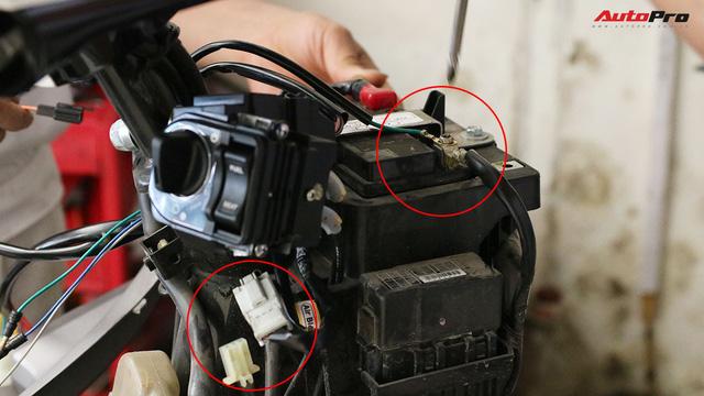 Quy trình tự lắp đặt khoá thông minh Honda SH và PCX lên các dòng xe khác - Ảnh 5.