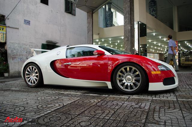 Bugatti Veyron độc nhất Việt Nam bất ngờ ra phố tắm nắng trước thềm năm mới - Ảnh 10.