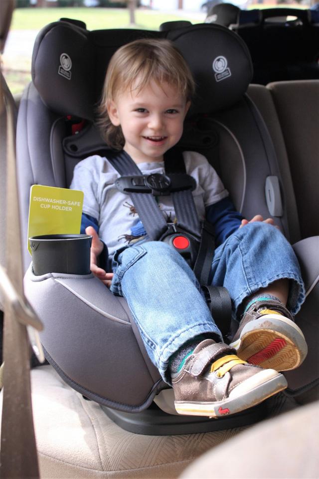 Ghế an toàn trẻ em và hệ thống ISOFIX trên ô tô - 2 trang bị quan trọng cho con bạn du xuân - Ảnh 1.
