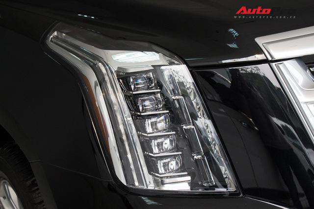 Cadillac Escalade ESV Platinum đi 8.000km bán lại được bao nhiêu? - Ảnh 13.