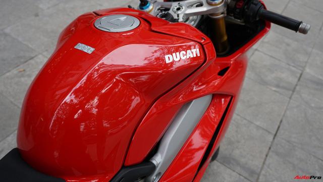 [Video] Mục sở thị siêu mô tô Ducati Panigale V4 S giá ngang Mẹc GLA của biker Hà Nội - Ảnh 8.