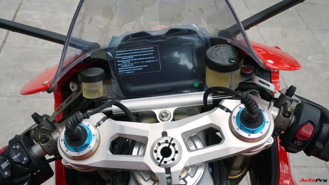 [Video] Mục sở thị siêu mô tô Ducati Panigale V4 S giá ngang Mẹc GLA của biker Hà Nội - Ảnh 7.