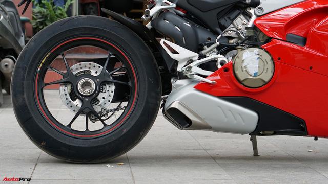 [Video] Mục sở thị siêu mô tô Ducati Panigale V4 S giá ngang Mẹc GLA của biker Hà Nội - Ảnh 14.