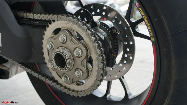 [Video] Mục sở thị siêu mô tô Ducati Panigale V4 S giá ngang Mẹc GLA của biker Hà Nội - Ảnh 15.
