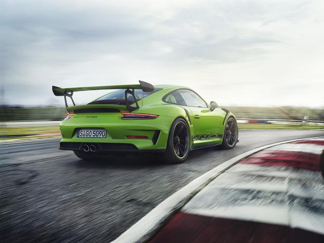 Porsche 911 GT3 RS facelift chính thức lộ diện - Ảnh 2.