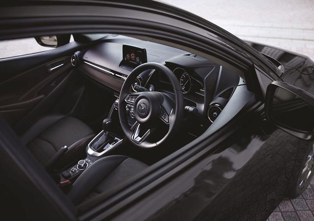 Mazda2 2018 chính thức ra mắt với giá bán không đổi - Ảnh 7.