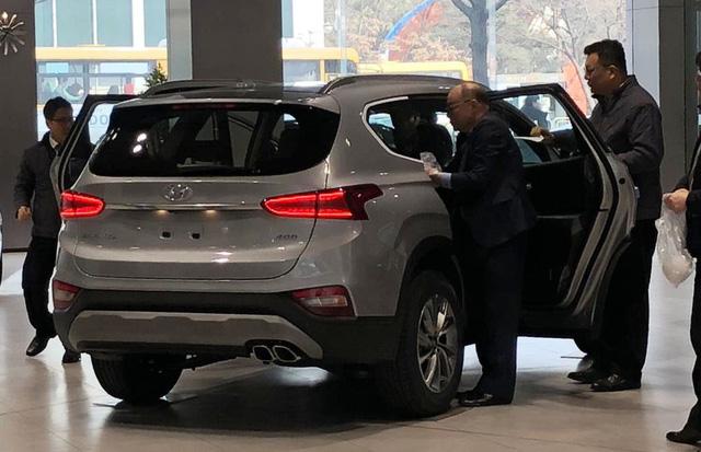 Hyundai Santa Fe 2019 chính thức ra mắt với lượng bán kỷ lục - Ảnh 1.