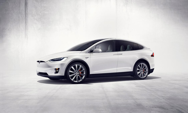 Xe điện Tesla bán chạy hơn cả xe xăng, dầu của Mercedes-Benz hay BMW - Ảnh 1.