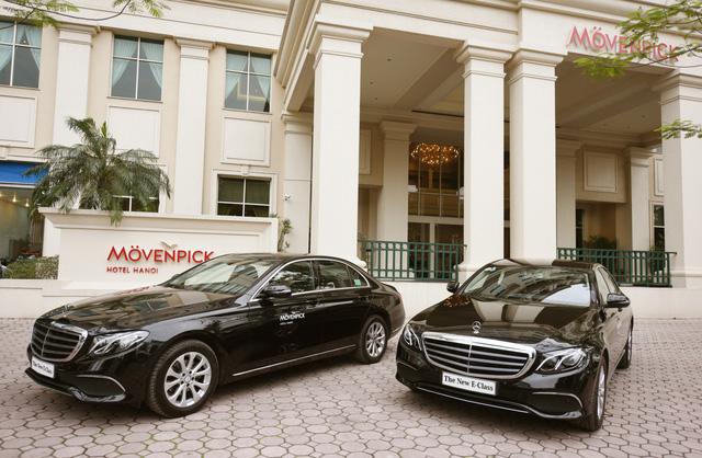 Khách sạn tại Hà Nội mạnh tay sắm bộ đôi Mercedes-Benz E200 - Ảnh 2.