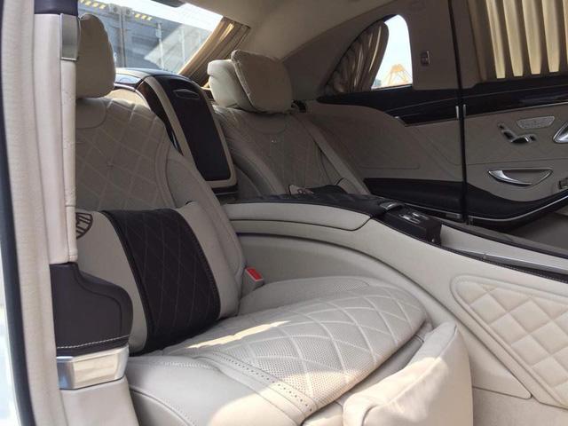 Limousine siêu sang Mercedes-Maybach S600 Pullman đầu tiên về Việt Nam - Ảnh 4.