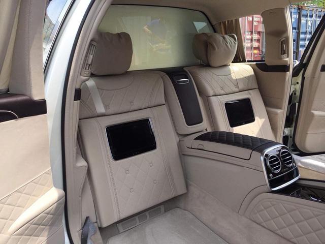 Limousine siêu sang Mercedes-Maybach S600 Pullman đầu tiên về Việt Nam - Ảnh 7.