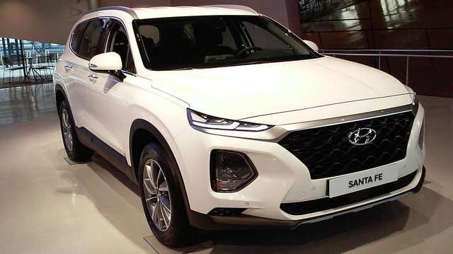 Vì sao Hyundai Santa Fe 2019 vẫn ưu ái máy dầu?