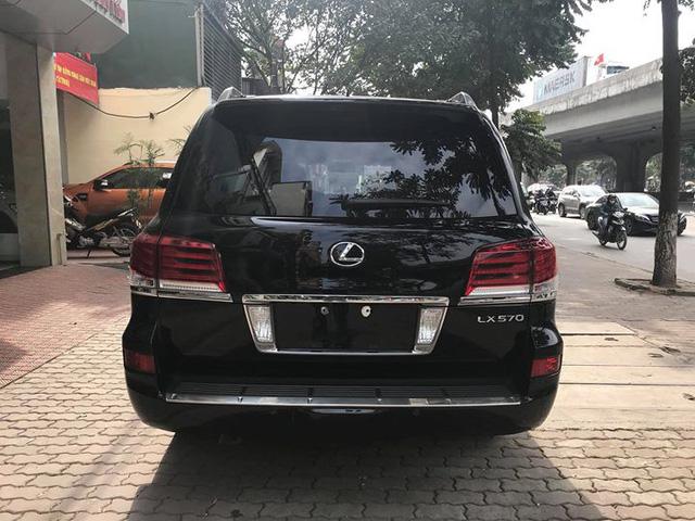 Đi 5 năm gần 6 vạn km, Lexus LX570 bán lại vẫn được giá 4,3 tỷ đồng - Ảnh 3.