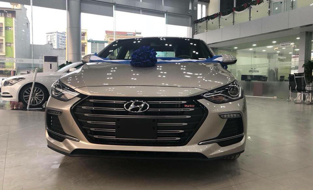 Thị trường ô tô Việt sau Tết: Xe lắp ráp mới ra mắt cũng không có hàng để bán - Ảnh 2.