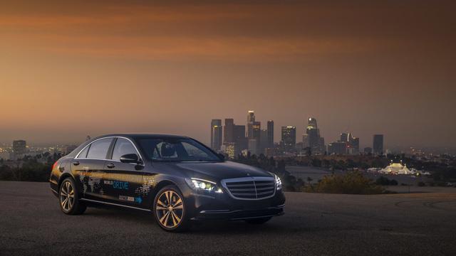 Xe Mercedes-Benz sẽ được dùng làm taxi tự lái hạng sang đầu tiên - Ảnh 3.