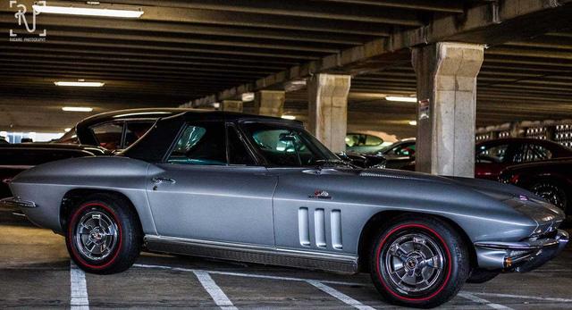 Dàn siêu xe khủng bị phủ bụi, nằm chờ trong garage - Ảnh 9.