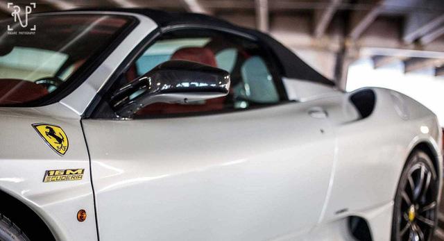 Dàn siêu xe khủng bị phủ bụi, nằm chờ trong garage - Ảnh 12.
