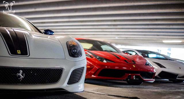 Dàn siêu xe khủng bị phủ bụi, nằm chờ trong garage - Ảnh 18.