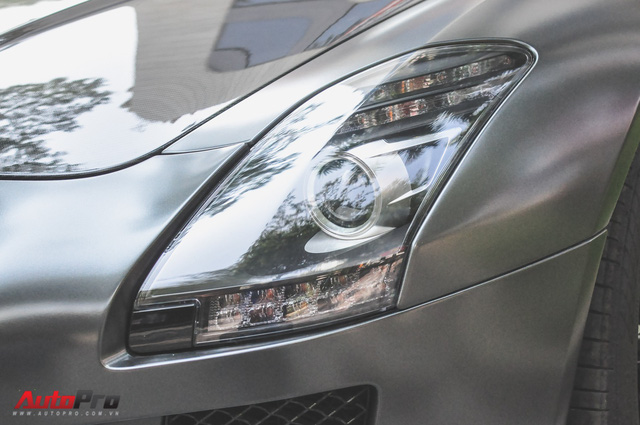 Mercedes SLS AMG GT Final Edition của nhà chồng Hà Tăng tái xuất trên phố ngày cận Tết - Ảnh 8.