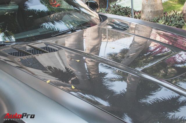 Mercedes SLS AMG GT Final Edition của nhà chồng Hà Tăng tái xuất trên phố ngày cận Tết - Ảnh 6.