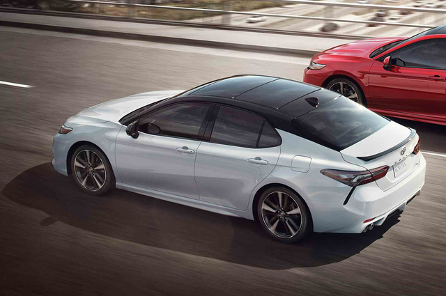 Toyota và cú chốt hạ để bảo vệ ngôi vương của Camry - Ảnh 1.