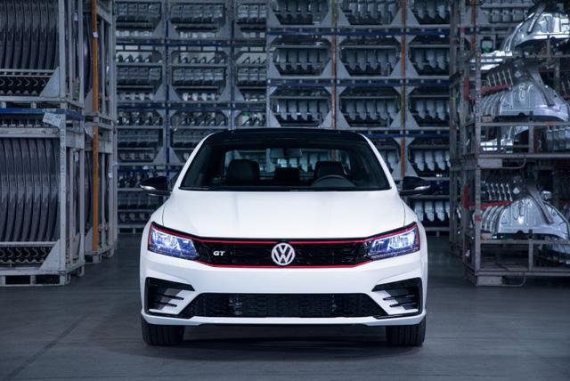 Volkswagen Passat GT trình làng tại Detroit 2018 - Ảnh 8.