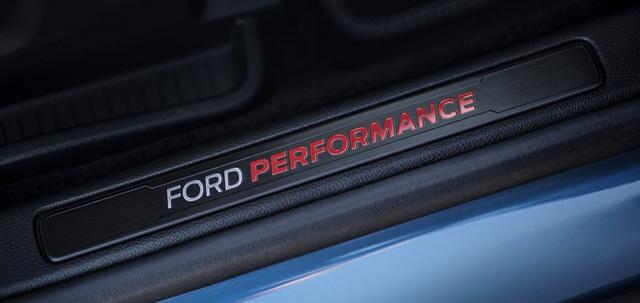 Ford Edge ST 2019: SUV hiệu suất cao đầu tiên từ Ford - Ảnh 5.