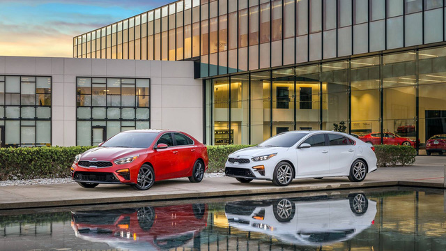 Kia Forte 2019 rộng rãi hơn và tiết kiệm nhiên liệu hơn trước - Ảnh 4.