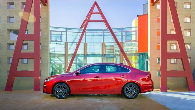 Kia Forte 2019 rộng rãi hơn và tiết kiệm nhiên liệu hơn trước - Ảnh 7.