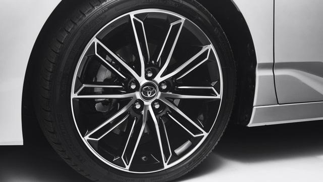 Toyota Avalon 2019 chính thức lộ diện - Ảnh 4.