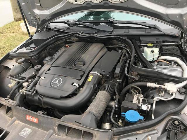 Mercedes-Benz C250 lăn bánh hơn 7 năm rao bán lại giá 695 triệu đồng - Ảnh 7.