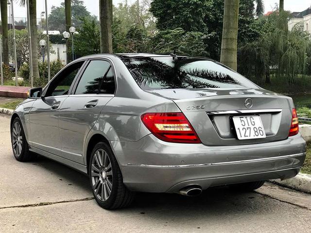 Mercedes-Benz C250 lăn bánh hơn 7 năm rao bán lại giá 695 triệu đồng - Ảnh 3.