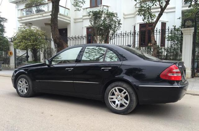 Mercedes-Benz E200 đi 14 năm bán lại được bao nhiêu? - ảnh 4