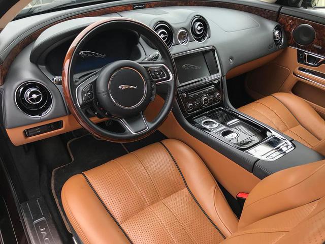 Lăn bánh hơn 36.000km, hàng hiếm Jaguar XJL 2014 giữ giá tới đâu? - Ảnh 5.
