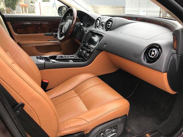Lăn bánh hơn 36.000km, hàng hiếm Jaguar XJL 2014 giữ giá tới đâu? - Ảnh 17.