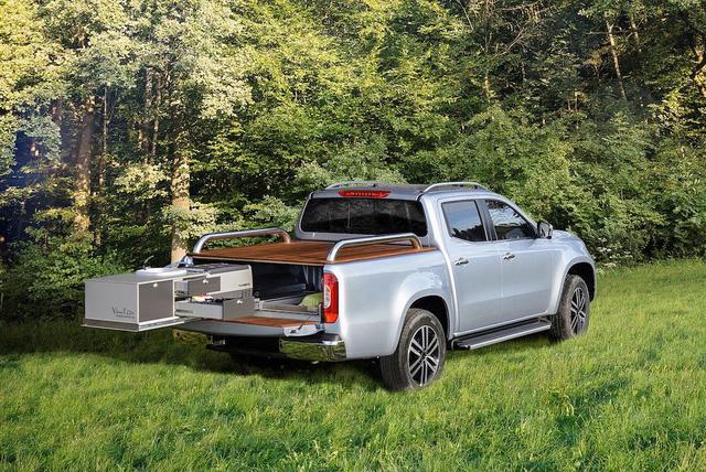 Bán tải hạng sang Mercedes-Benz X-Class biến thành xe cắm trại - Ảnh 3.