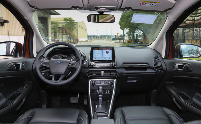 Ford EcoSport 2018 giá cao nhất 690 triệu - thách thức nặng nề lên Chevrolet Trax - Ảnh 3.