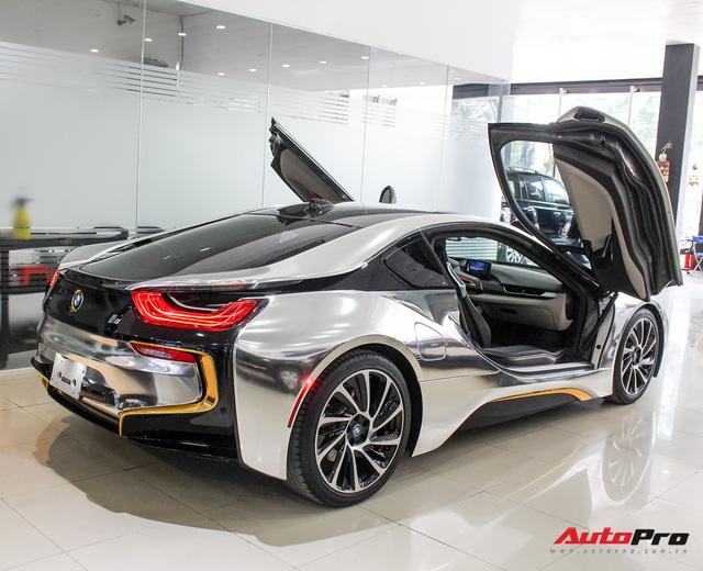 BMW i8 dán decal chrome bạc độc nhất Việt Nam rao bán lại giá 3,9 tỷ đồng - Ảnh 6.