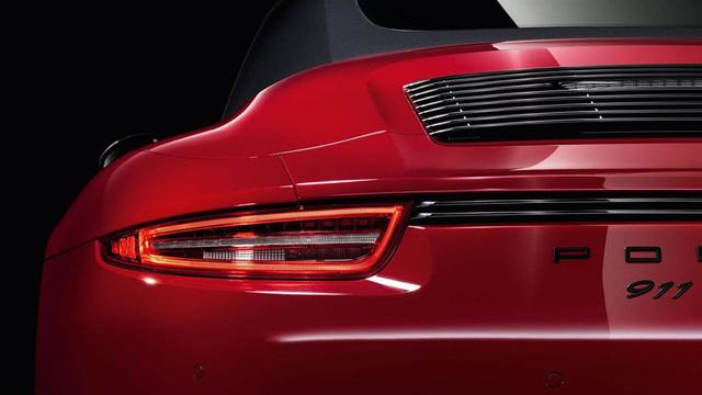 Dải đèn hậu liền mạch - thiết kế đang âm thầm phổ biến trong ngôn ngữ xe hơi hiện đại - Ảnh 2.