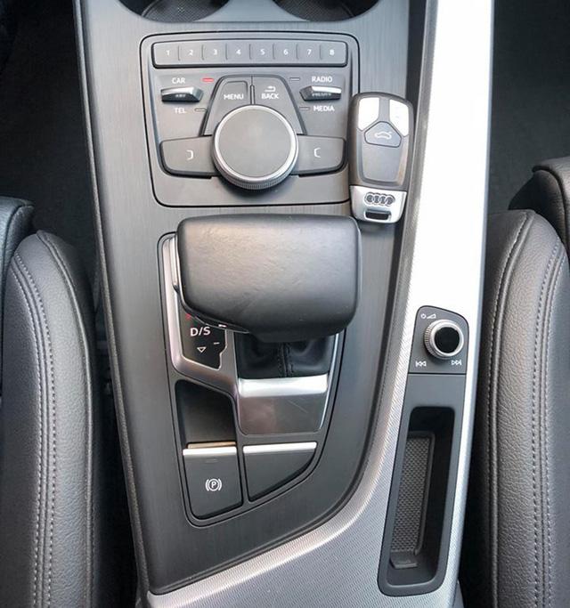 Audi A4 cũ rao bán ngang giá Mẹc C mới - Ảnh 8.
