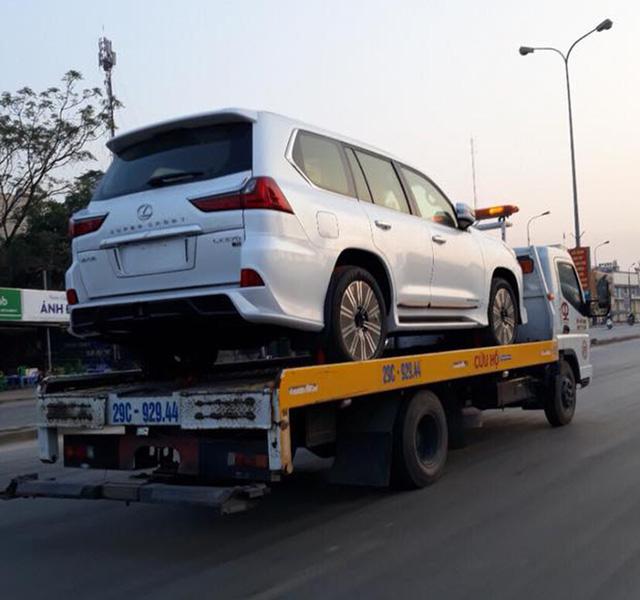 Điểm mặt những chiếc Lexus LX570 Super Sport giá gần 10 tỷ tại Việt Nam - Ảnh 3.